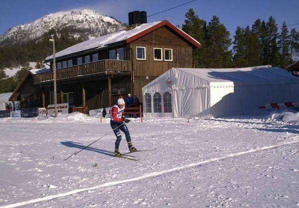 Herman Martens Meyer går i mål til klar seier på 7,5 km fristil på Savalen.  Foto: Arnstein Andreassen