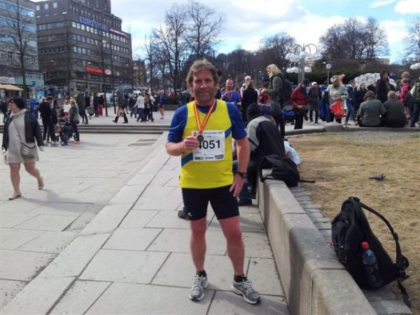 Godt fornøyd med egen innsats og med flott medalje. Foto: Heidi S Mathiesen