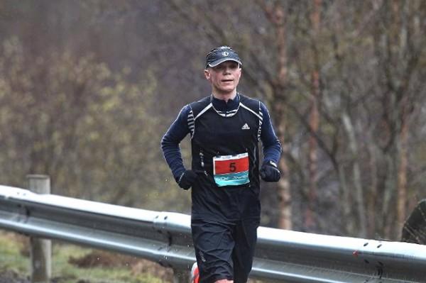 Bjørn Fretland på vei rett Vest i fjor. Også da ble det 2.plass, bak umulige Helge Hafsås. Foto: Firda