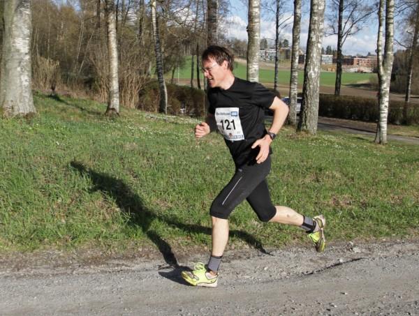 Geir Simonsen i siste brattbakken et par hundre meter før mål, i ensom majestet.  Foto: Trond T. Hansen