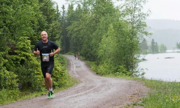 Nordmarka Halvmaraton 2013_Endre-Vindheim_MonaT-Lundemo