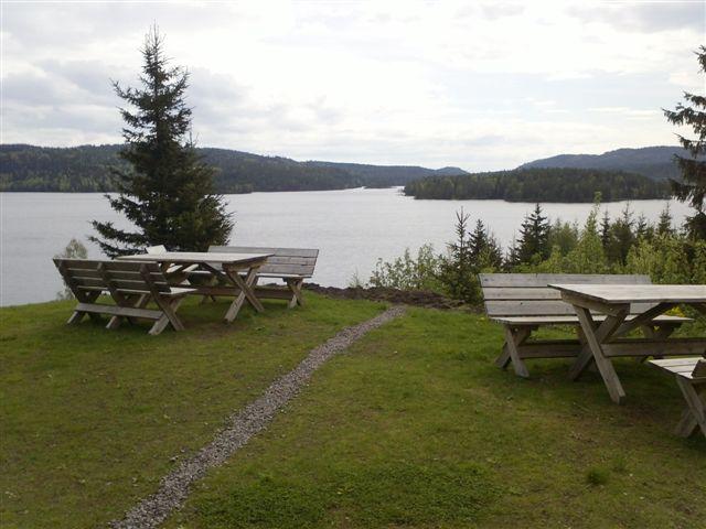 utsikt fra baksiden av Kikut mot Bjørnsjøen