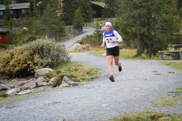 Hilde GP holder formen godt og blir nr 4, kun slått av sine to døtre og av Eldbjørg Dirdal Moxnes, alle for Hilde GP Skiskole! Foto: Rolf Bakken