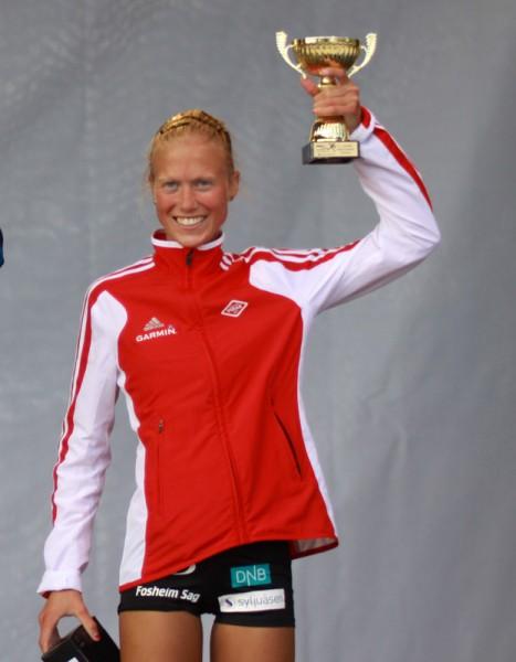 Marthe-Myhre-paa-pallen