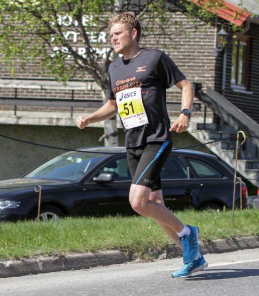 Fjellmaraton2014-TTH-Hel-6-Bull-Hansen