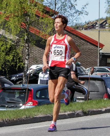 Halvmaraton2014-kvinner-2-Nina-Ytterstad