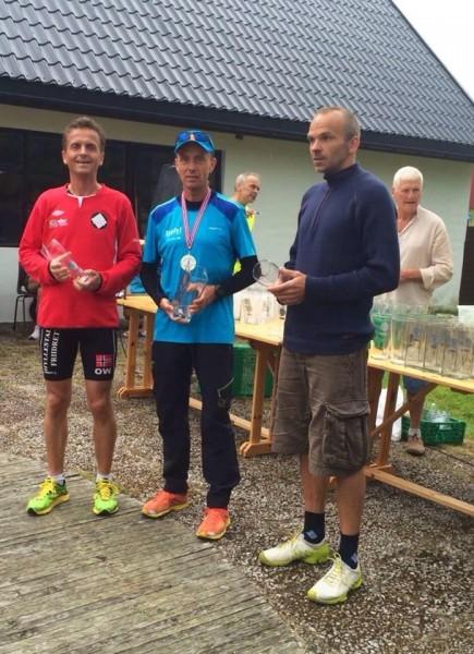 De tre beste i Jølster Maraton. (Foto: Privat)