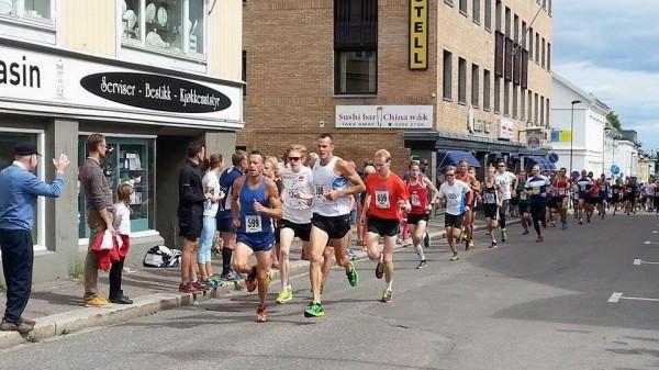 Anders og Jørgen i front fra start ( ca 200-300 m)