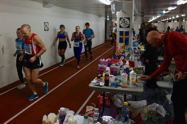 """Det svenske bordet"" sørget for optimal støtte underveis. Foto: Frode Monsen / Sportsmanden.no"