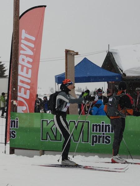 Brøttumsjentene ble nummer tre på 4.03.21. Vant gjorde Team Aktiv 1 på 3.41.45 foran Hamar Kommune (3.47.08).