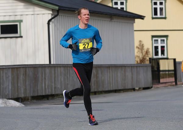 Paaskemaraton2015-Ken-Robert-Jakobsen