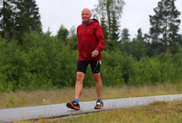 Utrolige Leif Abrahamsen fra Kolbotn har deltatt på en rekke ultraløp de siste årene. Hardhausen som blant annet løp den lengste distansen i EcoTrail ikke en, men fire ganger - totalt cirka 320 km - sliter imidlertid med beinhinnebetennelse.