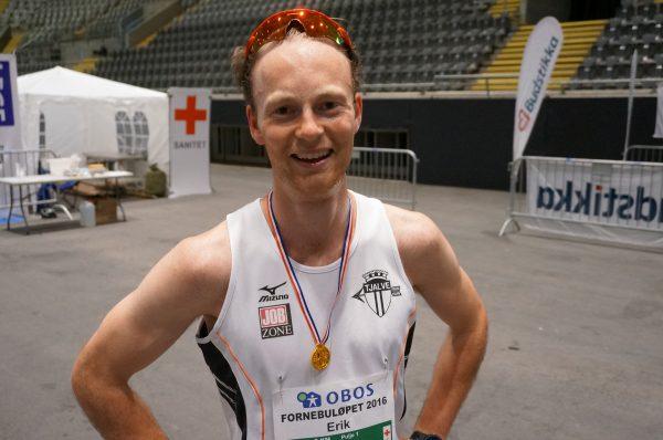 En godt fornøyd Erik Uller etter seieren på 3 km.
